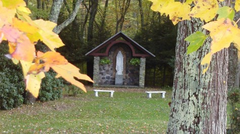 Shrine during fall